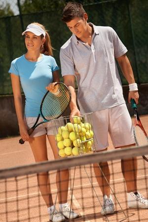 Goedkope tenniskleding – Onlinetennisser.nl